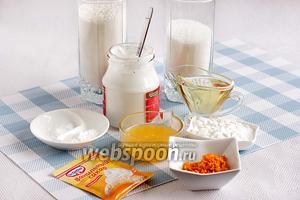 Для приготовления кекса на кокосовом молоке нужно взять молоко кокосовое или сливки, любое растительное масло, сахар, крахмал (у меня кукурузный), муку, ванилин или ванильный сахар и при желании цедру апельсина и его же сок.