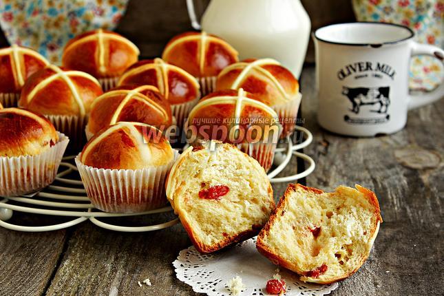 Фото Пасхальные крестовые булочки