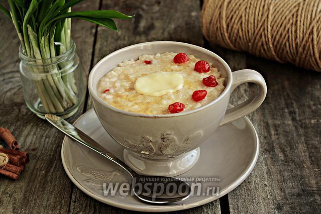 Фото Рисовый пудинг на топлёном молоке с вишней