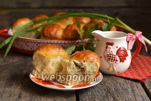 Пирожки с консервированным горошком, рисом и сардинами