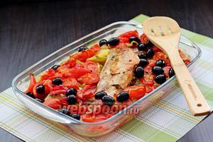 К готовому горячему блюду по желанию можно добавить маслины. Приятного аппетита!!!