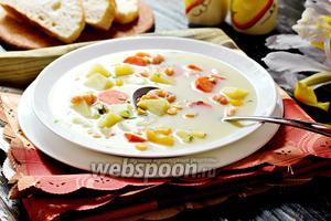 Суп сырный с креветками и кукурузой