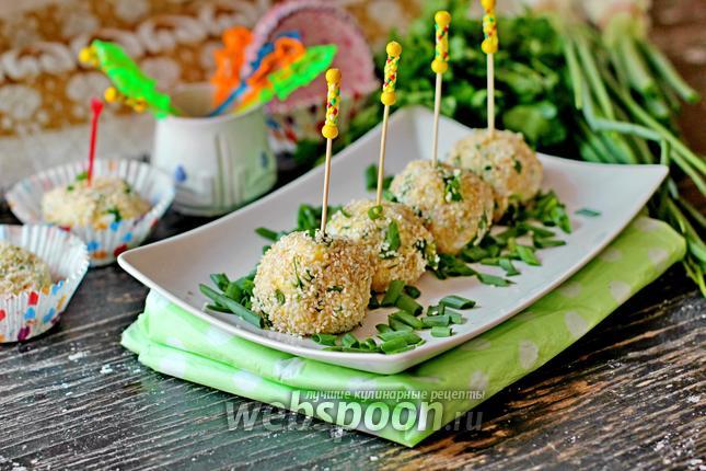 Фото Салатные шарики c печенью трески в кунжуте