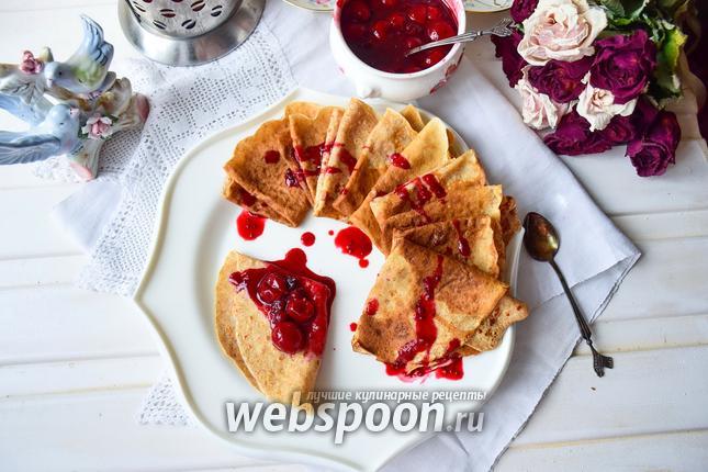 Фото Блины цельнозерновые с ягодами