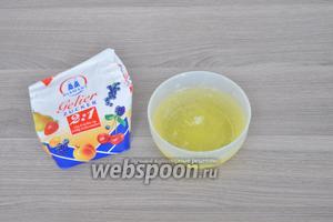 Для приготовления крема используем белки яичные и желейный сахар (2:1).