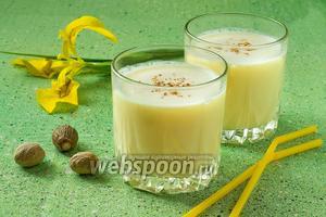 Молочно-апельсиновый коктейль с мускатным орехом