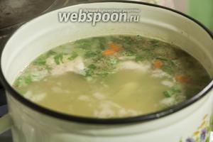 Наш Суп гороховый со свининой готов! Подадим его с ржаным хлебом или сухариками, отварным яйцом и свежей зеленью. Приятных гастрономических впечатлений!
