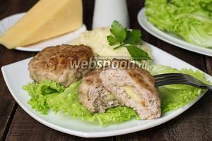 Котлеты из свинины с сыром