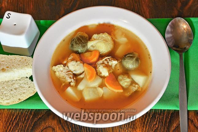 Фото Суп с брюссельской капустой и тушёнкой