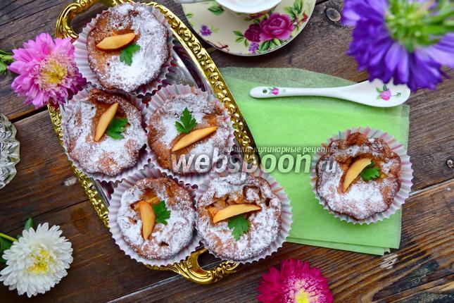Фото Маффины с персиками