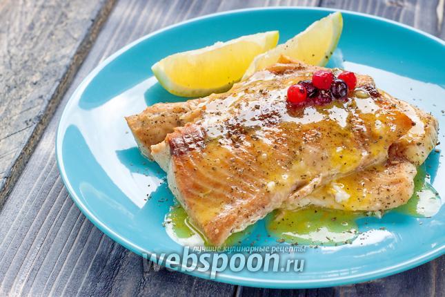 Фото Филе лосося под лимонно-апельсиновым соусом