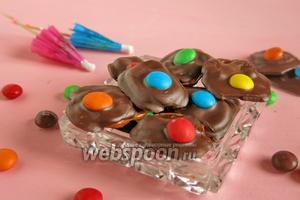 Шоколадный десерт с М&Мs