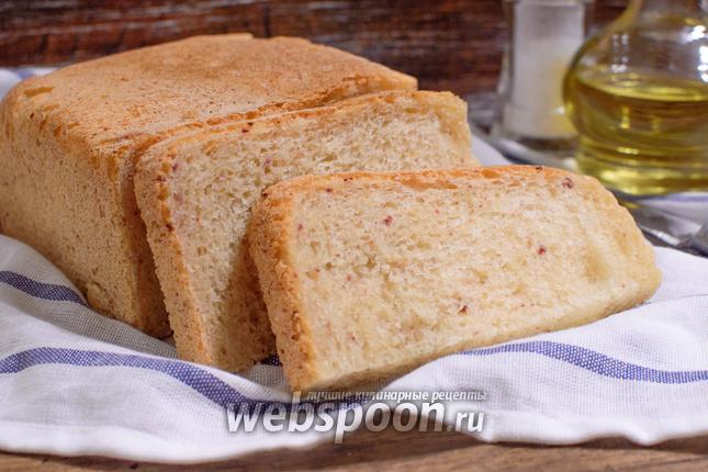 Фото Белый хлеб с ветчиной в хлебопечке