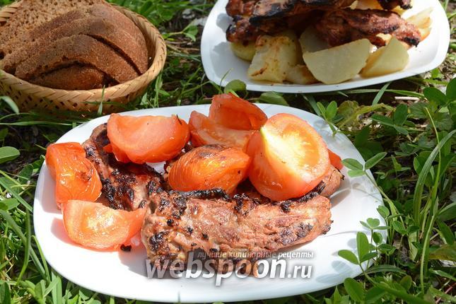 Фото Свиная мякоть с мятой и лимоном, обжаренная на решётке