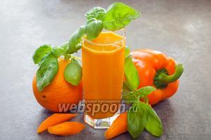 Морковно-апельсиновый сок с паприкой и базиликом