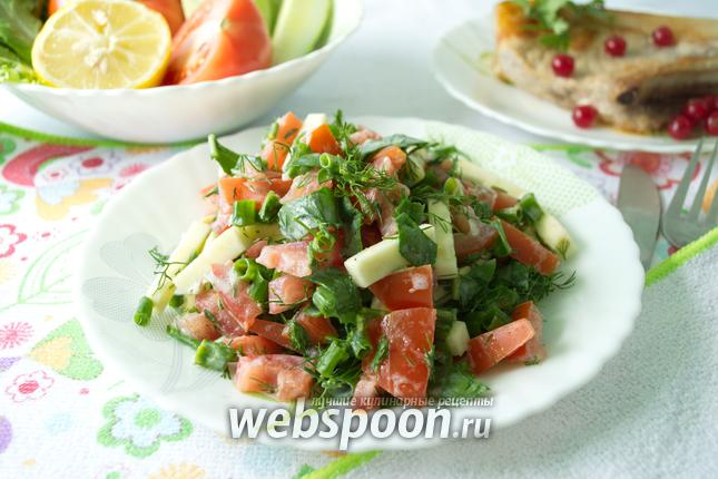 Фото Салат из свежего кабачка и помидора