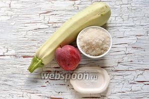 Для работы нам понадобятся кисло-сладкие яблоки, молодые кабачки, сахар, ванилин.