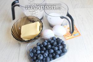 Вот такие нам понадобятся продукты: голубика, сахар, мука, масло и яйца.