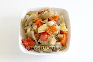 Попробуйте овощи на готовность. Подавайте к столу в тёплом или охлаждённом виде.