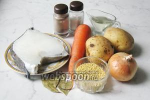 Для того, чтобы приготовить кулеш с зубаткой потребуется рыба зубатка, картофель, лук репчатый, морковь, пшено, подсолнечное масло, вода, лавровый лист, соль и перец чёрный молотый.