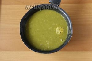 Затем измельчаем суп в пюре. Ещё раз доводим до кипения и суп готов.