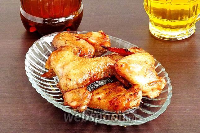Фото Крылышки к пиву в остром соусе, запечённые в аэрогриле