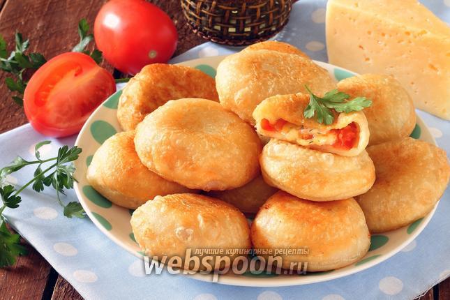 Фото Пирожки бомбочки с помидорами