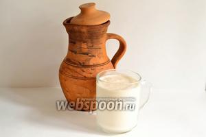 Для приготовления корта, по этому рецепту, нам понадобится всего лишь ряженка или татарский катык. 1 литра хватит для приготовления корта для 1 небольшой губадии (20-21 см в диаметре).