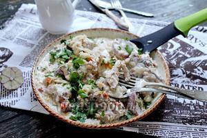 Цыплёнок с рисом в молочном соусе