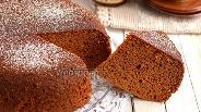 Фото рецепта Карамельный бисквит в мультиварке