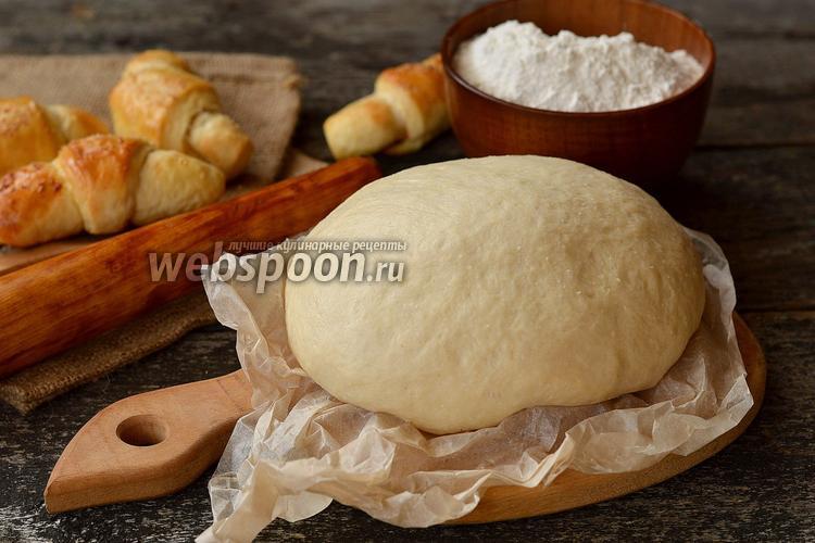 Фото Воздушное дрожжевое тесто на кефире без яиц