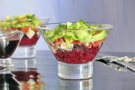 Салат со свёклой и фейхоа