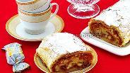 Фото рецепта Штрудель с грушами и овсяным печеньем