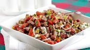 Фото рецепта Салат с говядиной и фасолью