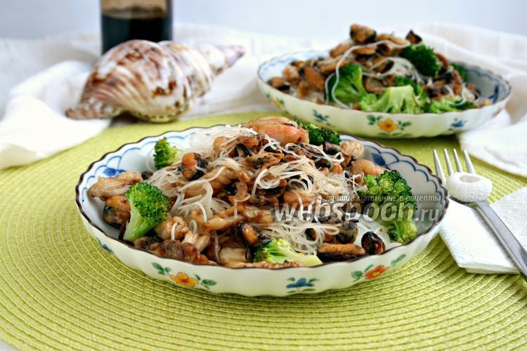 Вкусный салат с морским коктейлем - рецепт с фото - Своими 52