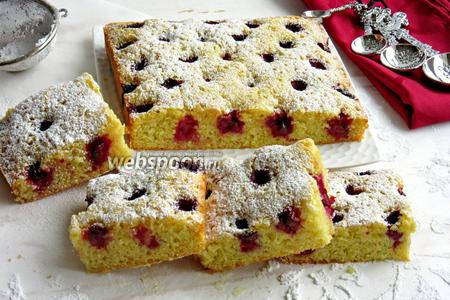 Вишнёво-миндальный пирог