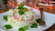 Фото рецепта Острый крабовый салат с креветками