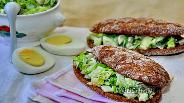Фото рецепта Сэндвич с яичным салатом