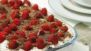 Фото рецепта «Тирамису» с шоколадом и малиной