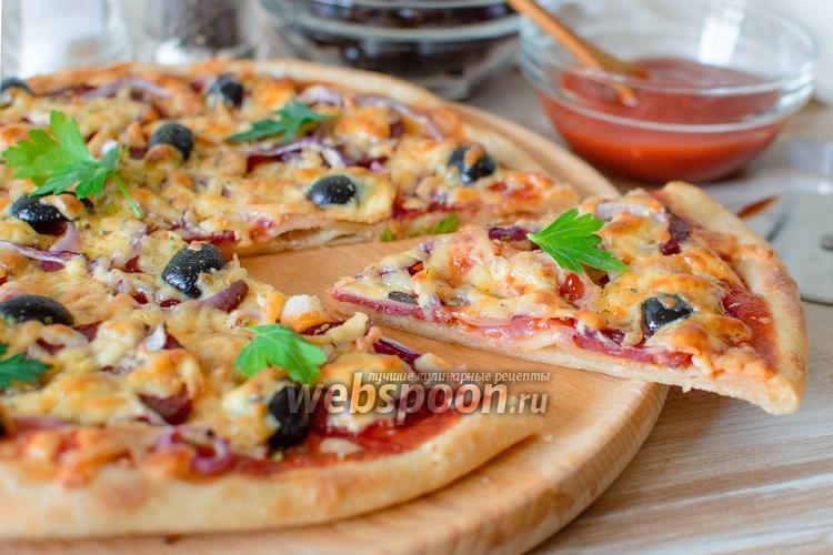 Фото Пицца с колбасой и сыром