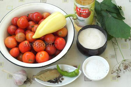 Для заготовки нам понадобятся помидорчики черри, болгарский перец, острый перец, листья малины, чеснок, зонтики укропа, сахар, соль, лавровый лист, перец душистый и перец чёрный горошком, а также яблочный уксус.