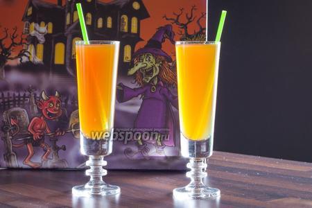 Коктейль на Хэллоуин «Болотная вода»