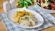 Фото рецепта Лисички жареные с картошкой под сырным соусом