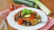 Фото рецепта Тёплый салат из подосиновиков и овощей
