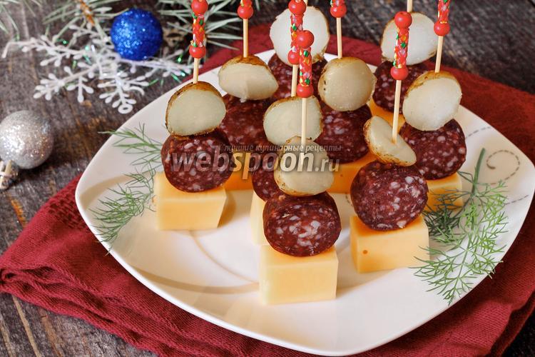 Фото Канапе с картофелем и копчёной колбасой