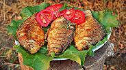Фото рецепта Жаренные караси с луком и тимьяном