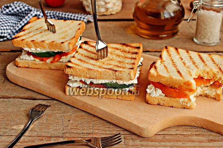 Фото Горячие бутерброды с творогом