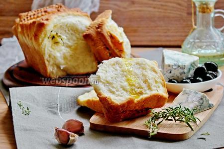 Хлеб «Гармошка» с сыром, розмарином и чесноком