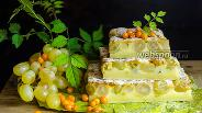 Фото рецепта Клафути с виноградом и облепихой
