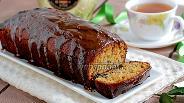 Фото рецепта Имбирный кекс с изюмом в карамельной глазури